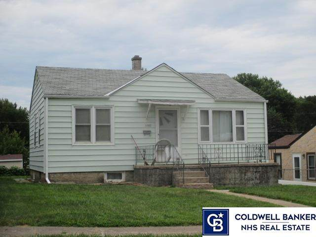 3382 W Street, Omaha, NE 68107 (MLS #22107605) :: The Homefront Team at Nebraska Realty