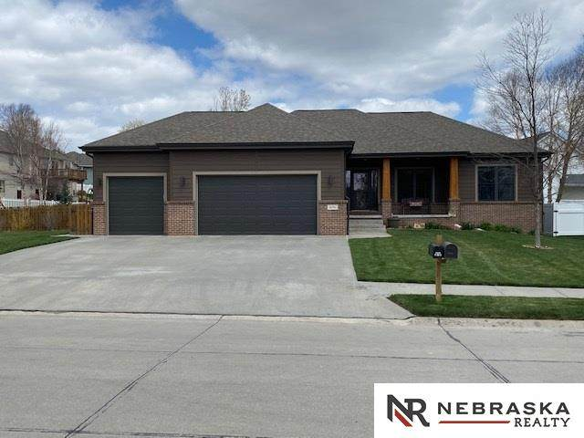 16016 N Second Street, Bennington, NE 68007 (MLS #22107868) :: Catalyst Real Estate Group