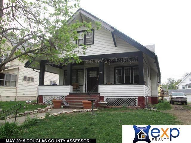 1915 Emmet Street, Omaha, NE 68110 (MLS #22109918) :: The Briley Team