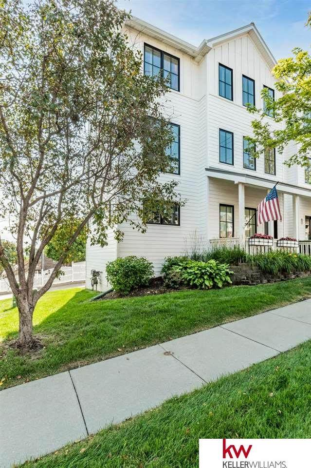 1135 S 8th Street, Omaha, NE 68108 (MLS #22111107) :: Lighthouse Realty Group