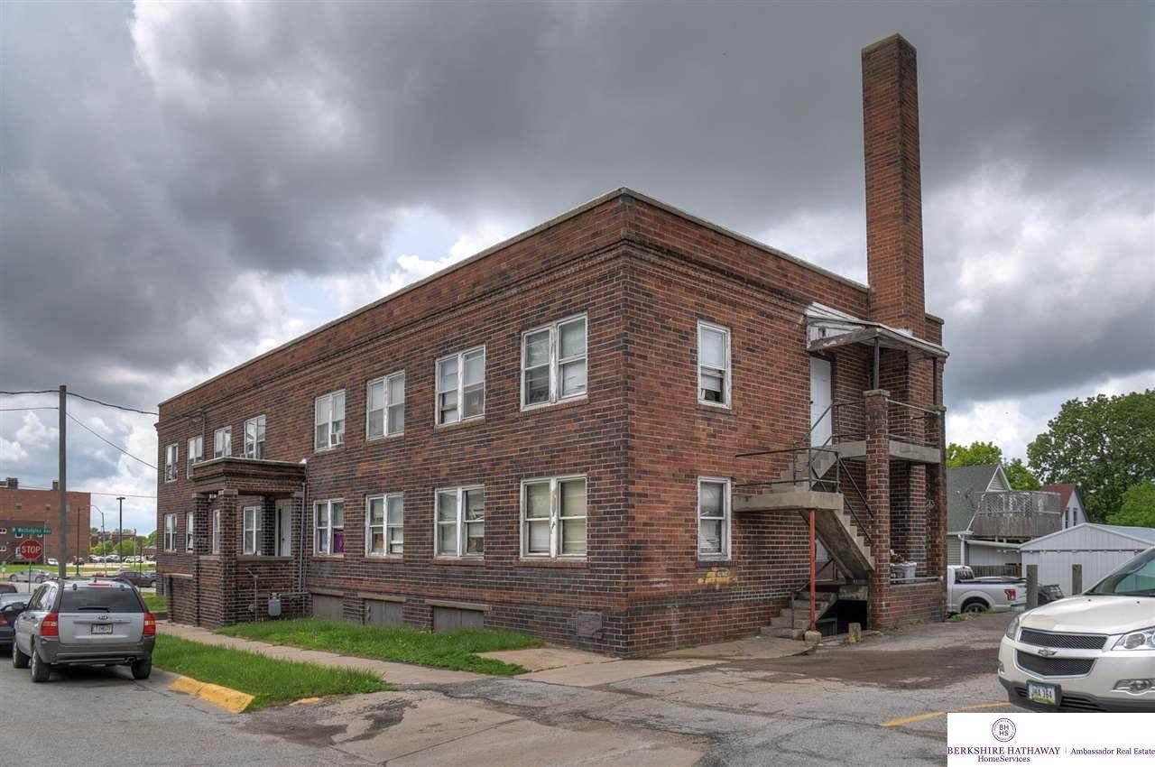 208 Scott Street - Photo 1