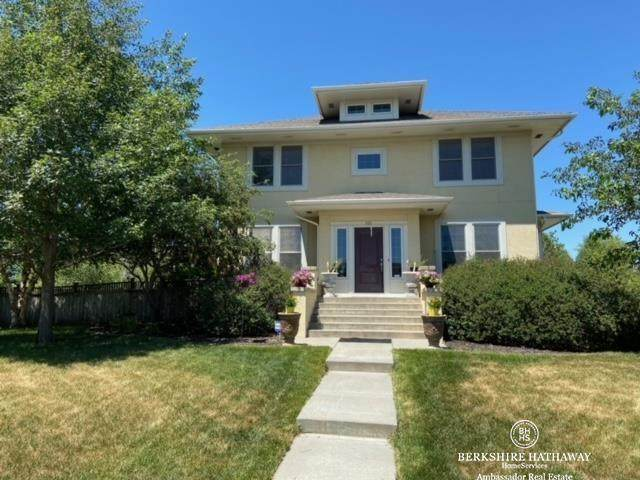 300 Blue Sage Boulevard, Lincoln, NE 68521 (MLS #22113208) :: Complete Real Estate Group
