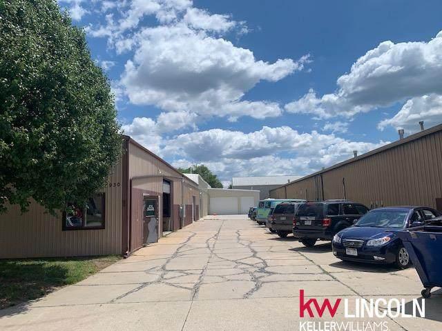 4930 N 57th Street, Lincoln, NE 68507 (MLS #22114061) :: Don Peterson & Associates