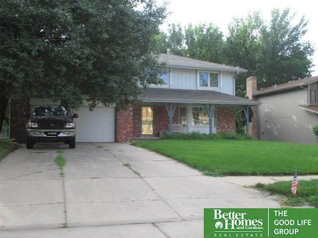 2041 S 146 Circle, Omaha, NE 68144 (MLS #22117258) :: Berkshire Hathaway Ambassador Real Estate