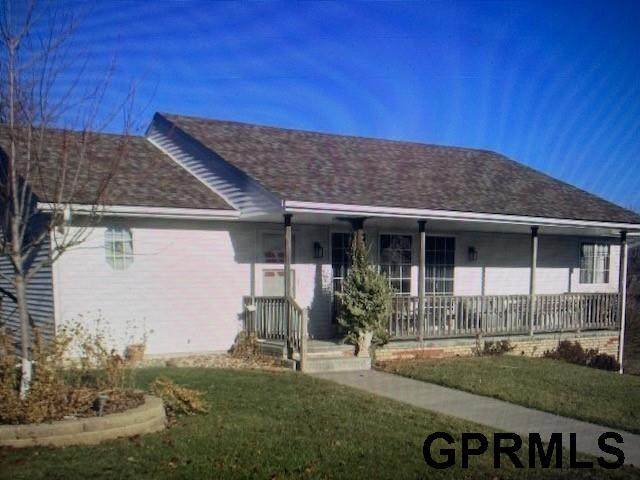 802 Calais Street, Bellevue, NE 10140 (MLS #22117375) :: Elevation Real Estate Group at NP Dodge
