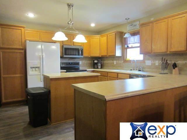 4630 W Whisperwood Street, Lincoln, NE 68528 (MLS #22117534) :: Capital City Realty Group