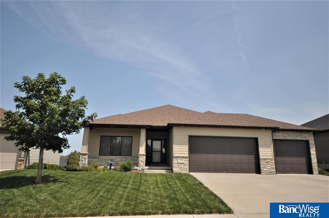 7140 Countryview Road - Photo 1