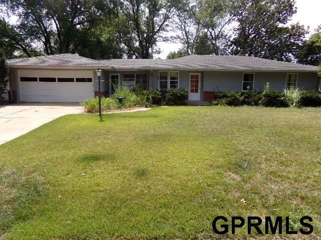 5011 Glade Street, Lincoln, NE 68506 (MLS #22119661) :: Elevation Real Estate Group at NP Dodge