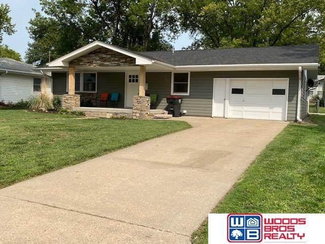 1504 N 9th Street, Beatrice, NE 68310 (MLS #22121730) :: Omaha Real Estate Group