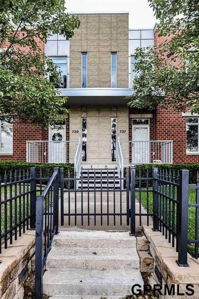 737 Riverfront Drive, Omaha, NE 68102 (MLS #22123468) :: Omaha Real Estate Group