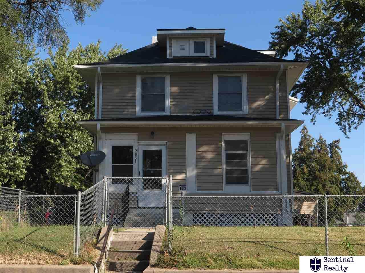 2854 Ellison Avenue - Photo 1