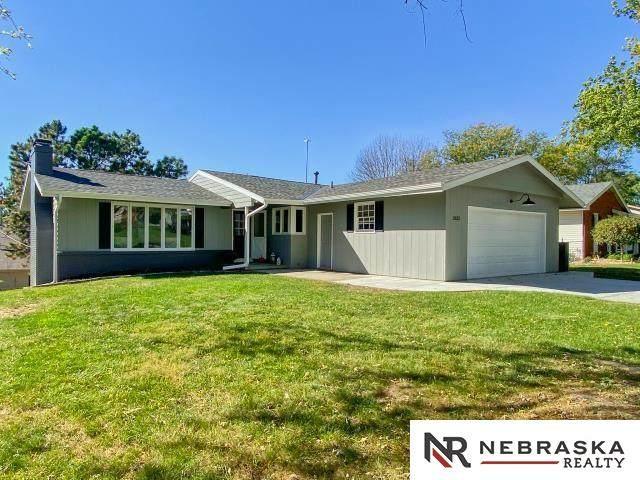 2622 Kimberly Drive, Omaha, NE 68134 (MLS #22124293) :: Lincoln Select Real Estate Group