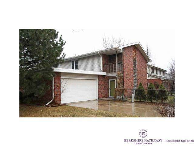 5801 Locust Street, Lincoln, NE 68516 (MLS #22124299) :: Berkshire Hathaway Ambassador Real Estate