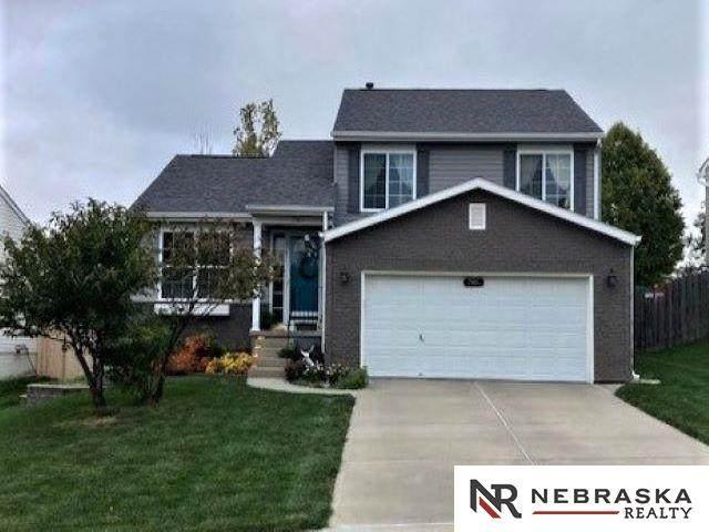 7301 N 111th Avenue, Omaha, NE 68142 (MLS #22125319) :: Complete Real Estate Group