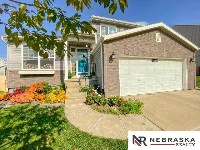 7301 N 111th Avenue, Omaha, NE 68142 (MLS #22125319) :: Capital City Realty Group