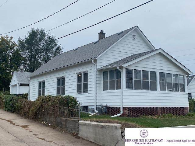 1412 S 4 Street, Omaha, NE 68108 (MLS #22125658) :: Omaha Real Estate Group