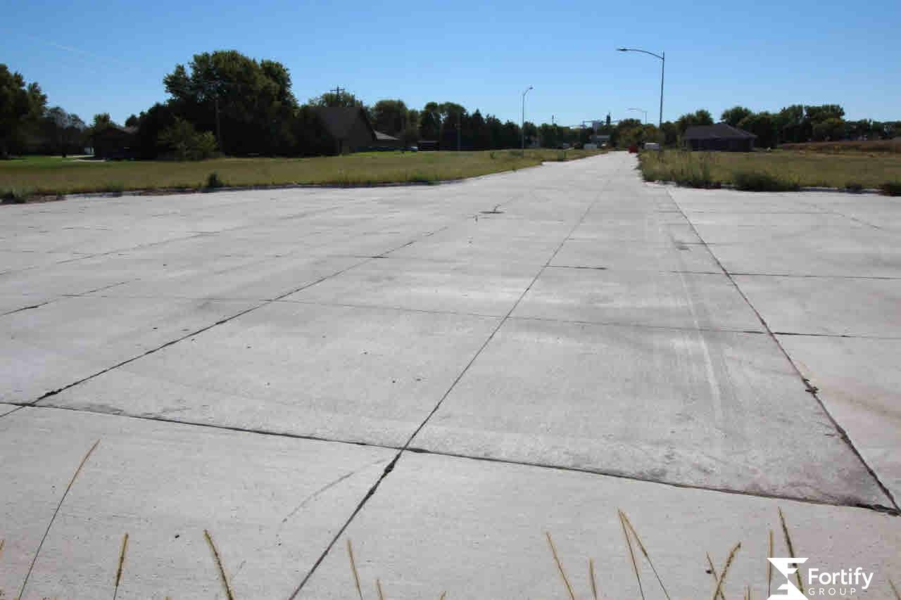 801 Saltzman Drive - Photo 1