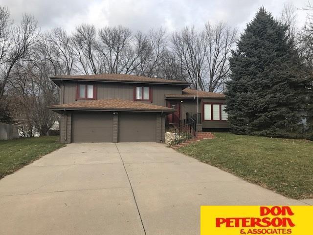 13962 Poppleton Circle, Omaha, NE 68144 (MLS #21722009) :: Omaha's Elite Real Estate Group