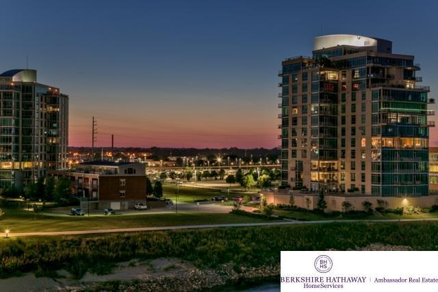 444 Riverfront Plaza #402, Omaha, NE 68102 (MLS #21800919) :: Omaha Real Estate Group
