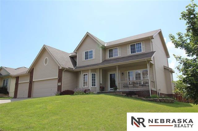 11828 S 52 Street, Papillion, NE 68133 (MLS #21805904) :: Nebraska Home Sales