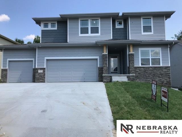 4605 S 193 Street, Omaha, NE 68135 (MLS #21808085) :: Omaha's Elite Real Estate Group