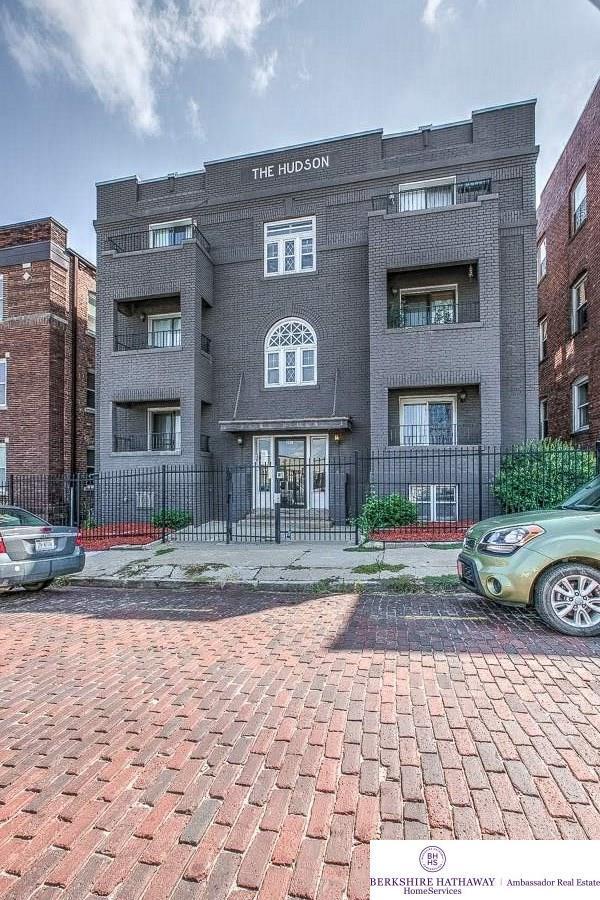 207 S 26 Avenue #5, Omaha, NE 68131 (MLS #21815768) :: Complete Real Estate Group