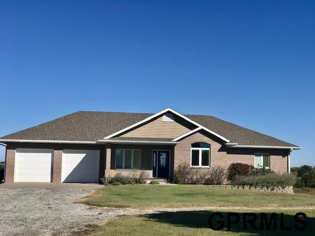 56715 714 Road, Fairbury, NE 68352 (MLS #21818040) :: The Briley Team