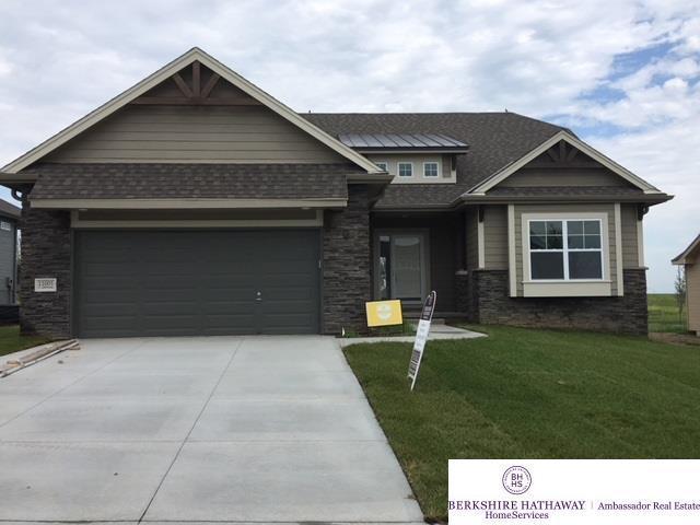11005 S 186 Avenue, Omaha, NE 68136 (MLS #21818477) :: Omaha Real Estate Group