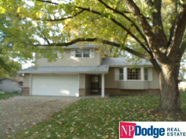 9812 P Circle, Omaha, NE 68127 (MLS #21819673) :: Complete Real Estate Group