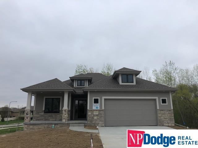 10056 Emiline Street, La Vista, NE 68128 (MLS #21901426) :: Complete Real Estate Group