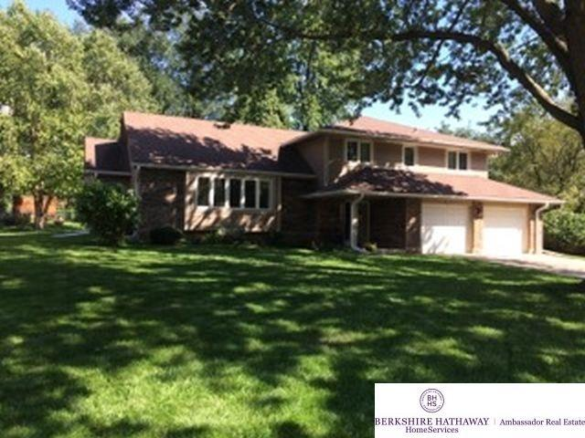 533 S 217 Street, Omaha, NE 68022 (MLS #21902821) :: Omaha's Elite Real Estate Group