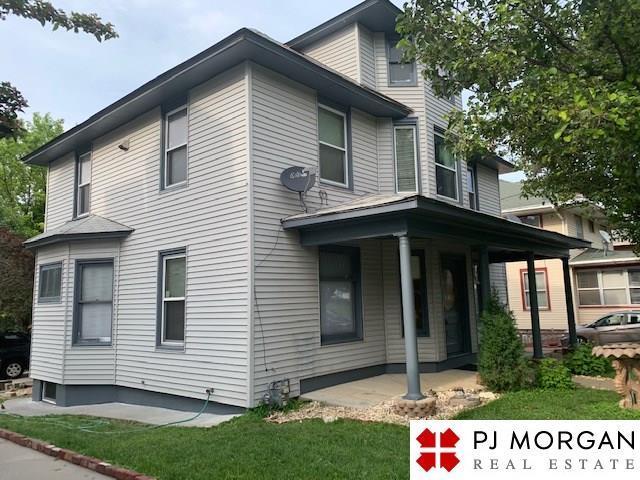 2212 F Street, Omaha, NE 68107 (MLS #21903390) :: Five Doors Network