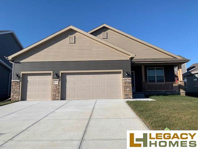 8214 N 172 Street, Bennington, NE 68007 (MLS #21921063) :: Complete Real Estate Group