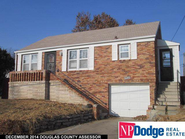 1454 Phelps Street - Photo 1