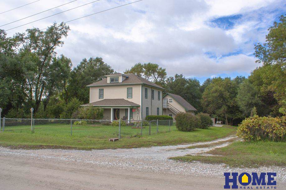 809 10th Road - Photo 1