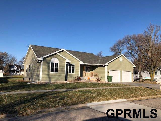 248 4th Street, Hampton, NE 68843 (MLS #21926685) :: The Briley Team