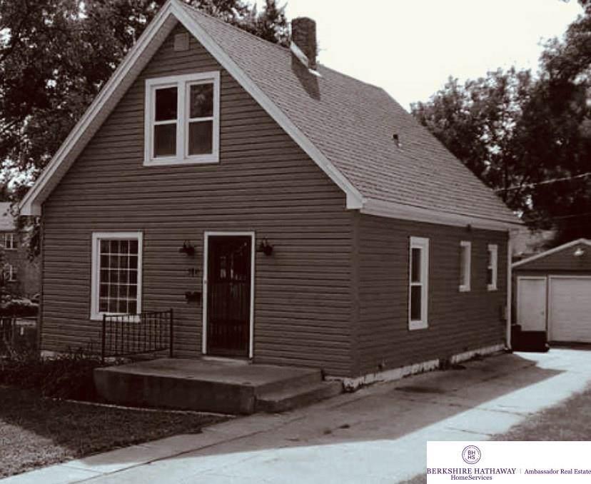 5841 Lake Street - Photo 1