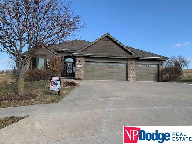 12012 Vane Circle, Omaha, NE 68142 (MLS #22001191) :: Omaha Real Estate Group