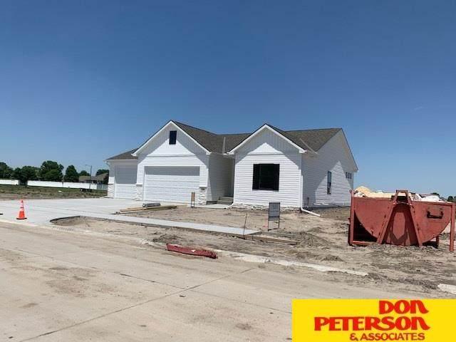 3096 Aurora Drive, Fremont, NE 68025 (MLS #22009742) :: Capital City Realty Group