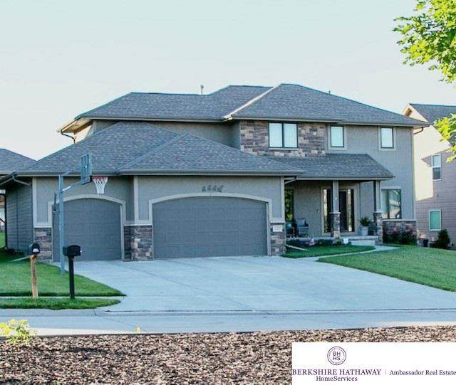 15958 Young Street, Bennington, NE 68007 (MLS #22016713) :: One80 Group/Berkshire Hathaway HomeServices Ambassador Real Estate