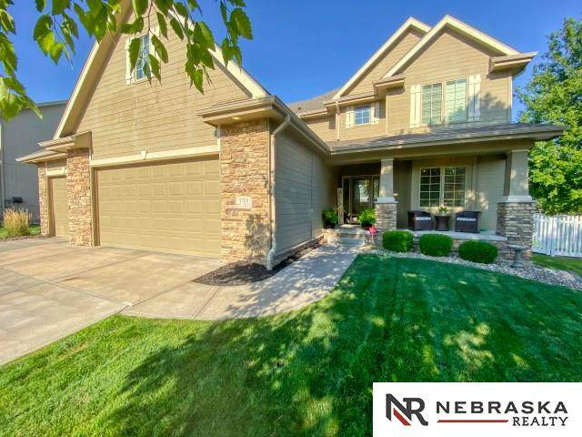 5709 N 160th Avenue, Omaha, NE 68116 (MLS #22019261) :: Cindy Andrew Group