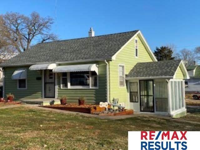 2754 Hazel Street, Omaha, NE 68105 (MLS #22027830) :: Catalyst Real Estate Group