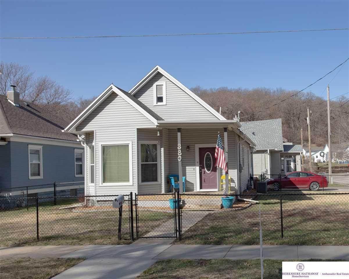 380 Benton Street - Photo 1