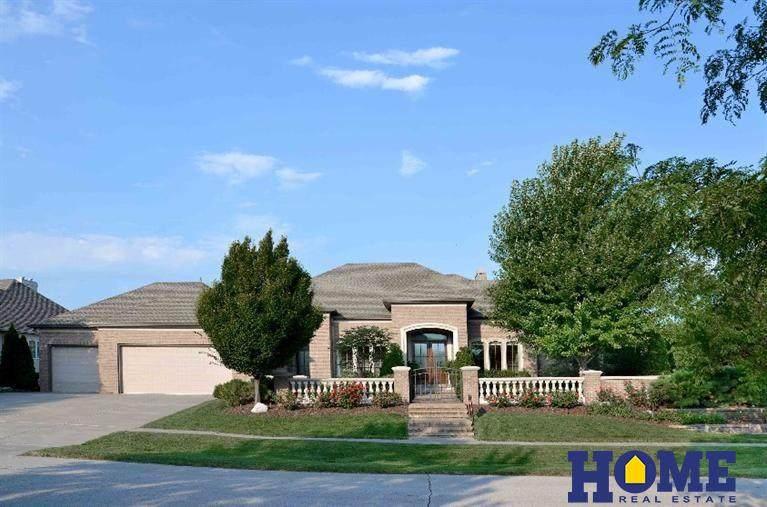 9221 Thornwood Drive - Photo 1