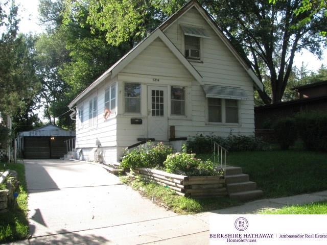 6254 S 38 Street, Omaha, NE 68107 (MLS #21821821) :: Cindy Andrew Group