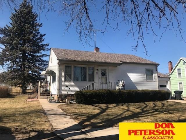 218 N 6th, Howells, NE 68641 (MLS #21902807) :: Omaha's Elite Real Estate Group