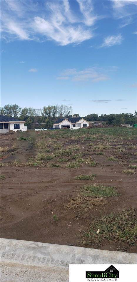 9312 Swan Creek Road, Lincoln, NE 68520 (MLS #21923110) :: Dodge County Realty Group