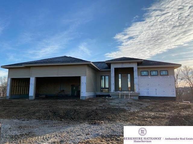 2909 N 181st Street, Omaha, NE 68022 (MLS #21927792) :: Dodge County Realty Group