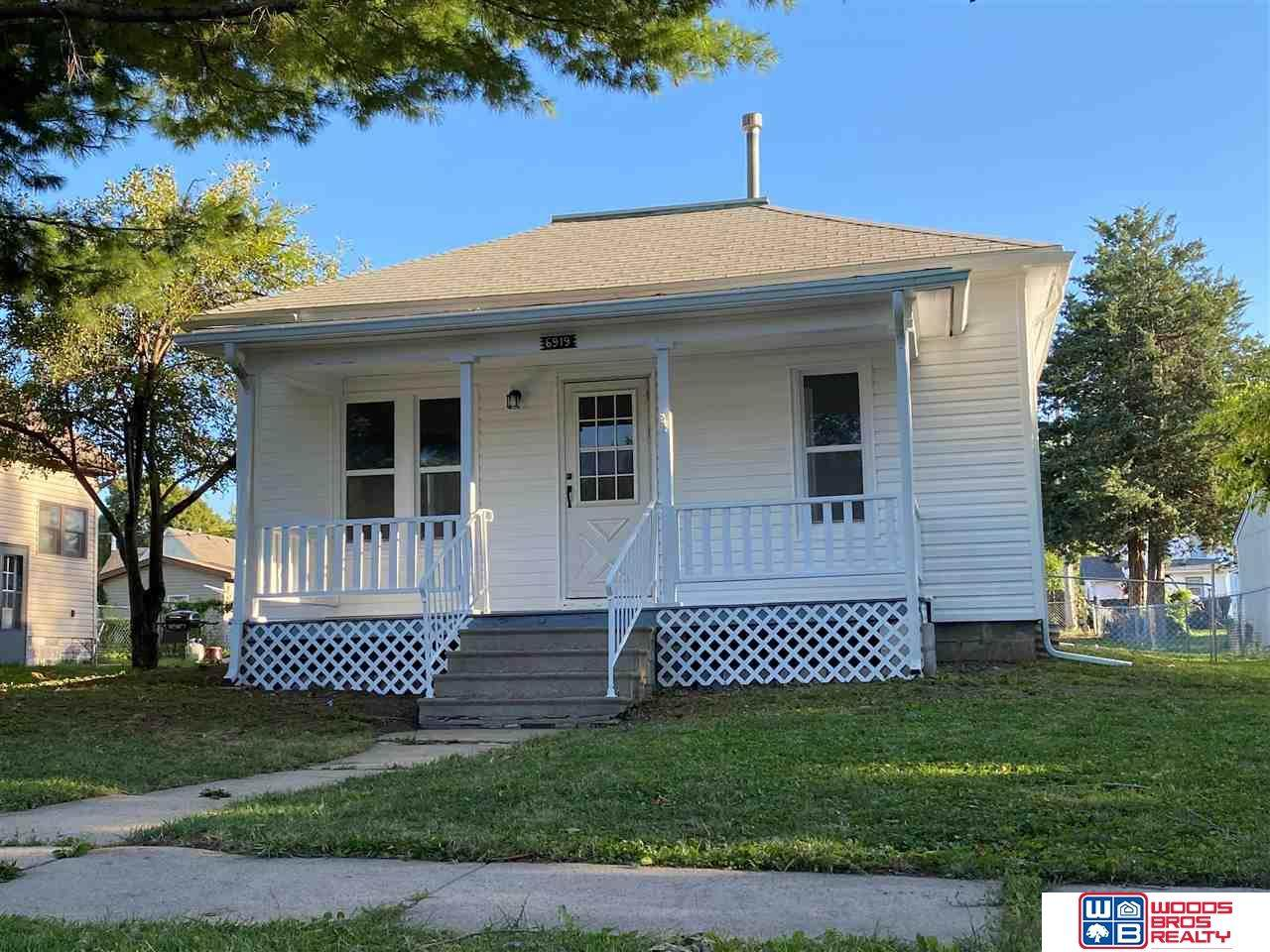 6919 Colby Street - Photo 1