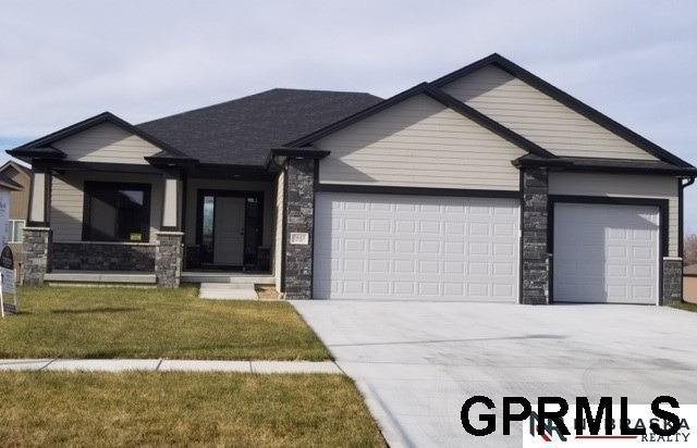 326 S 89th Street, Lincoln, NE 68520 (MLS #L10153286) :: Cindy Andrew Group